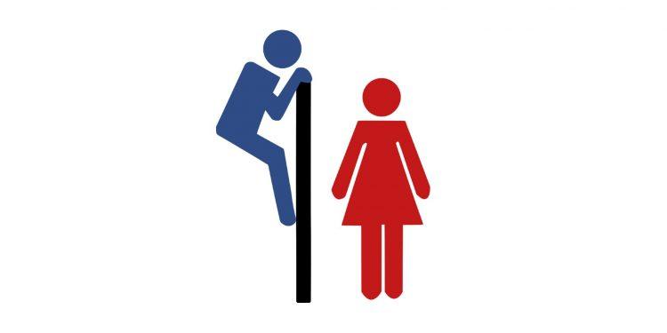 Flickor skolkar på grund av unisex-toaletter